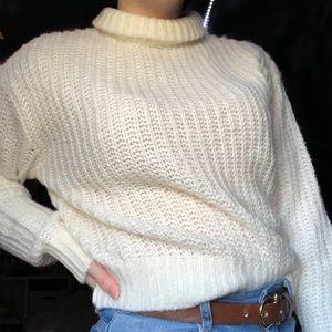🌻2/$25 • H&M • Knit Sweater
